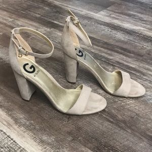 "G by Guess, nude 3.5"" heels, Size 7"